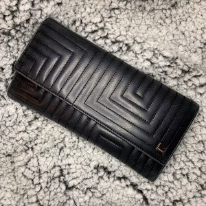 💕Bally Geometric Soft Leather Wallet💕